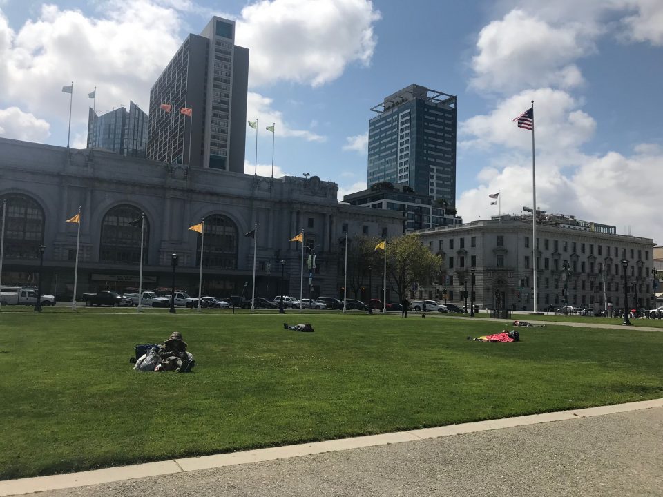 SF should shift Tenderloin tents to Civic Center Park